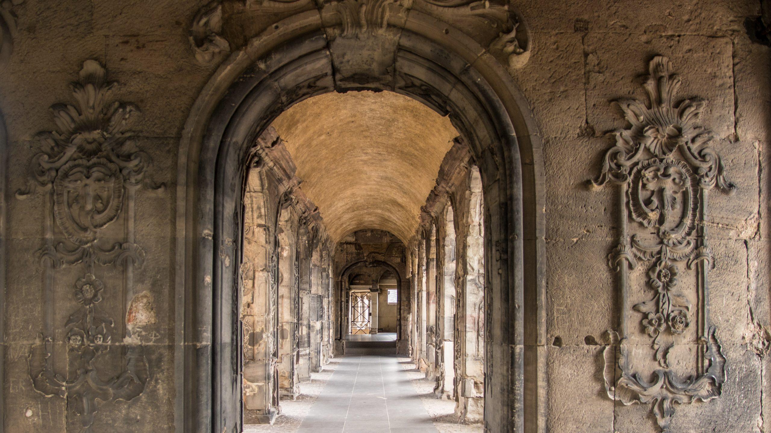 Porta Nigra 2 scaled - Trier: Almanya'nın En Eski Şehrine Yolculuk