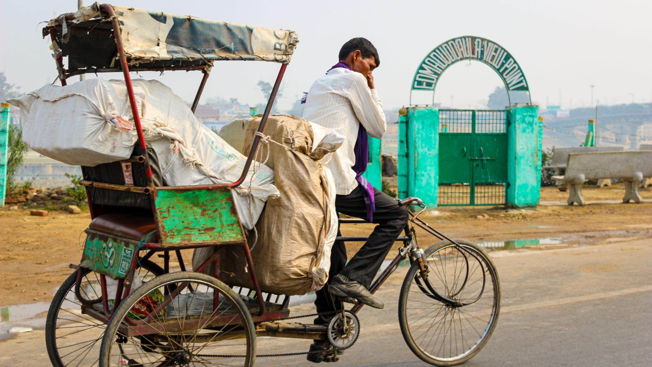yoldan 1 scaled - Agra Bir Masal Anlat Bana