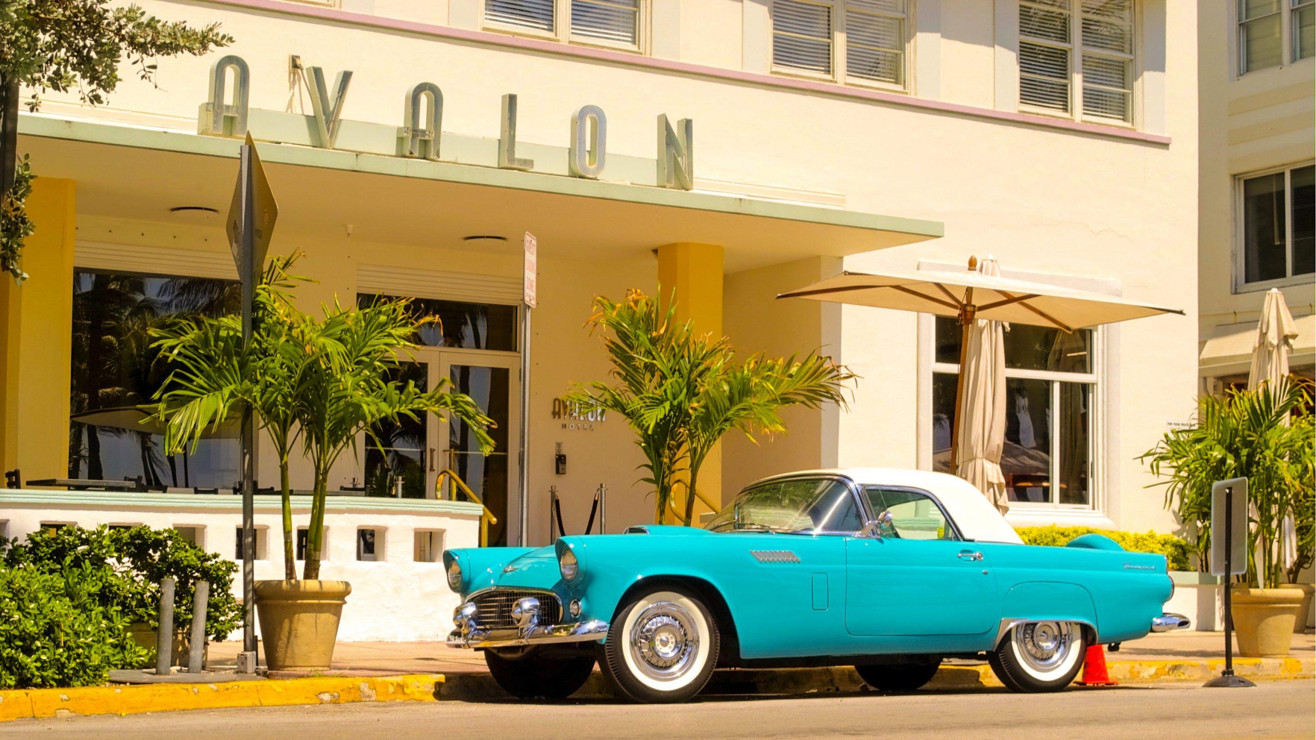 art deco bölgesi scaled - Miami Beach ve Hayatın Tadına Varmanın 7 Farklı Yolu