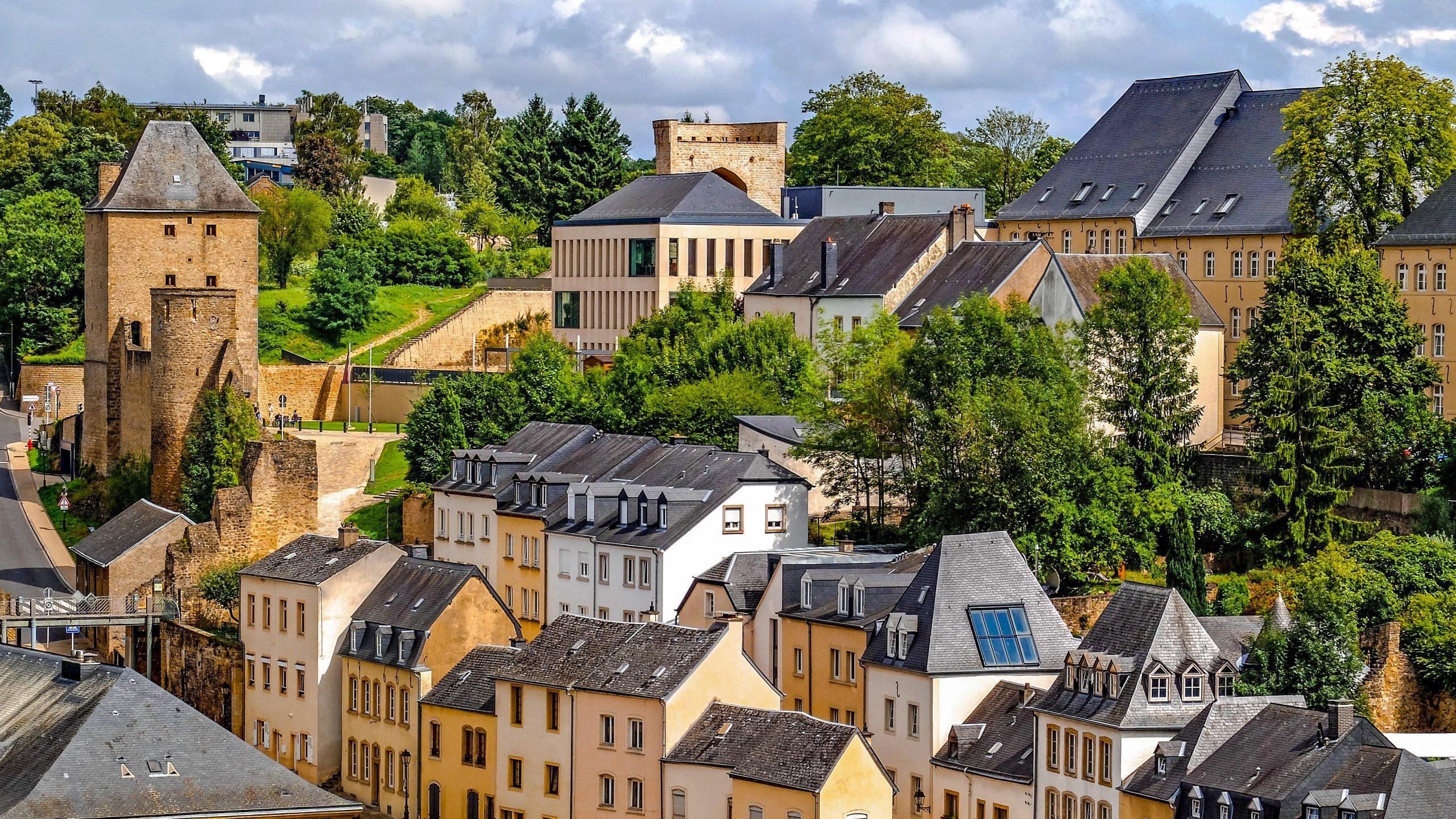 Lüksemburg 2 2 scaled - Lüksemburg Kısa Kısa Stajyer ve Beyaz Yakalılara
