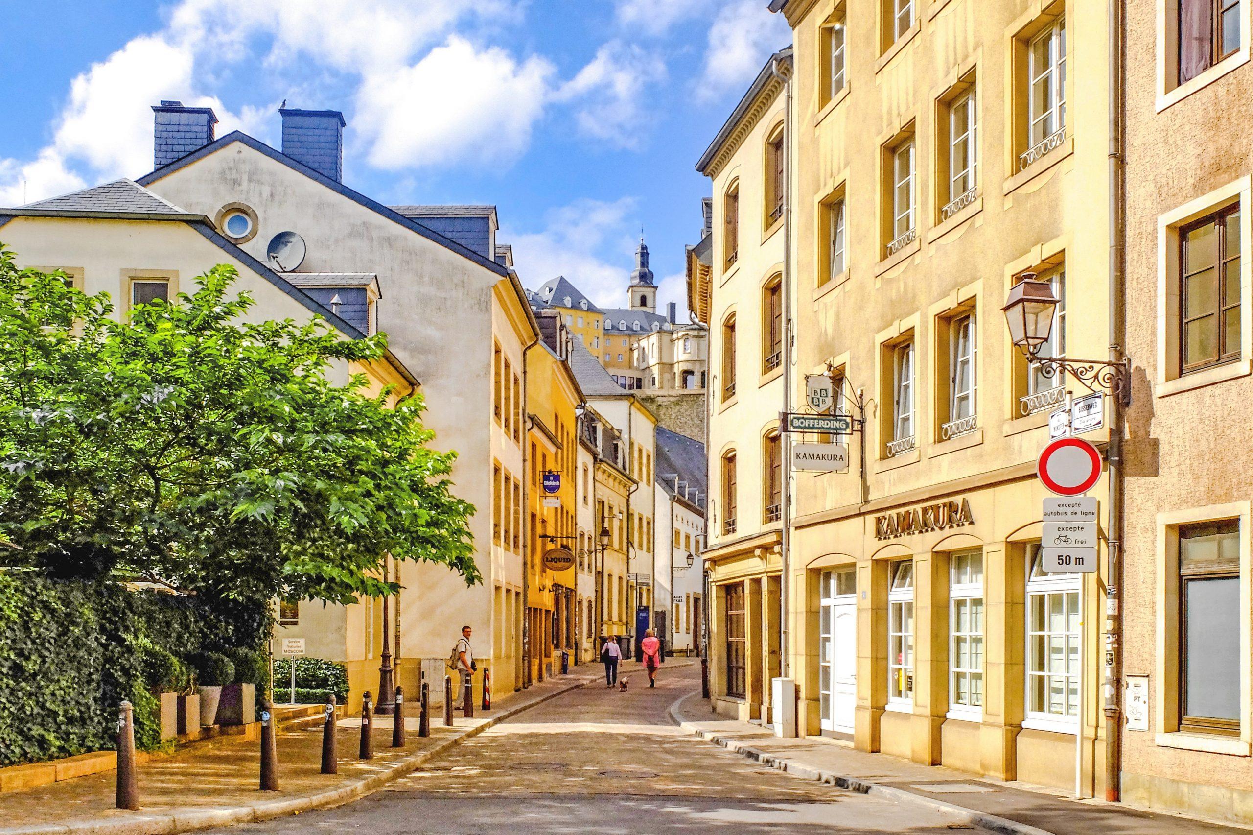 grund sokak scaled - Lüksemburg Kısa Kısa Stajyer ve Beyaz Yakalılara
