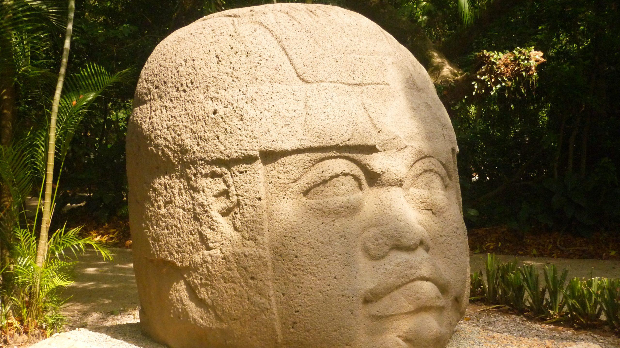 Milli Antropoloji Müzesi scaled - Meksiko'yu 10 Mekanla Tanımak